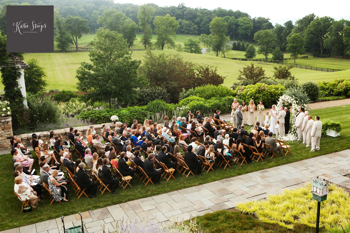 Backup Plans For Your Outdoor Wedding: Home Wedding Ceremony Advice